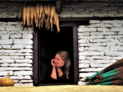Annapurna-Window-Samsara-Trekking1